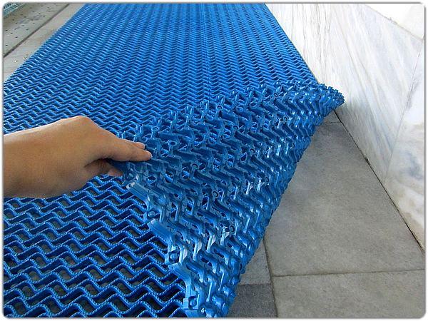 Напольное покрытие для бассейна тетра