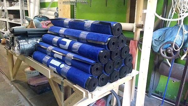 изготовление ковриков с лого